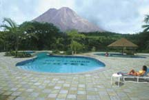 The pool at the Tabacon Resort in La Fortuna